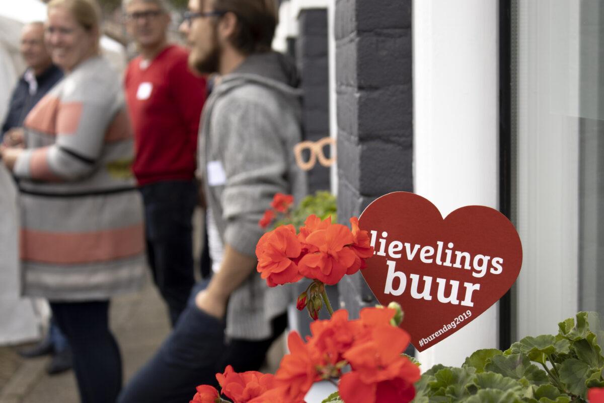 46 buurtinitiatieven uit Zwolle maken hun straat groen tijdens Burendag