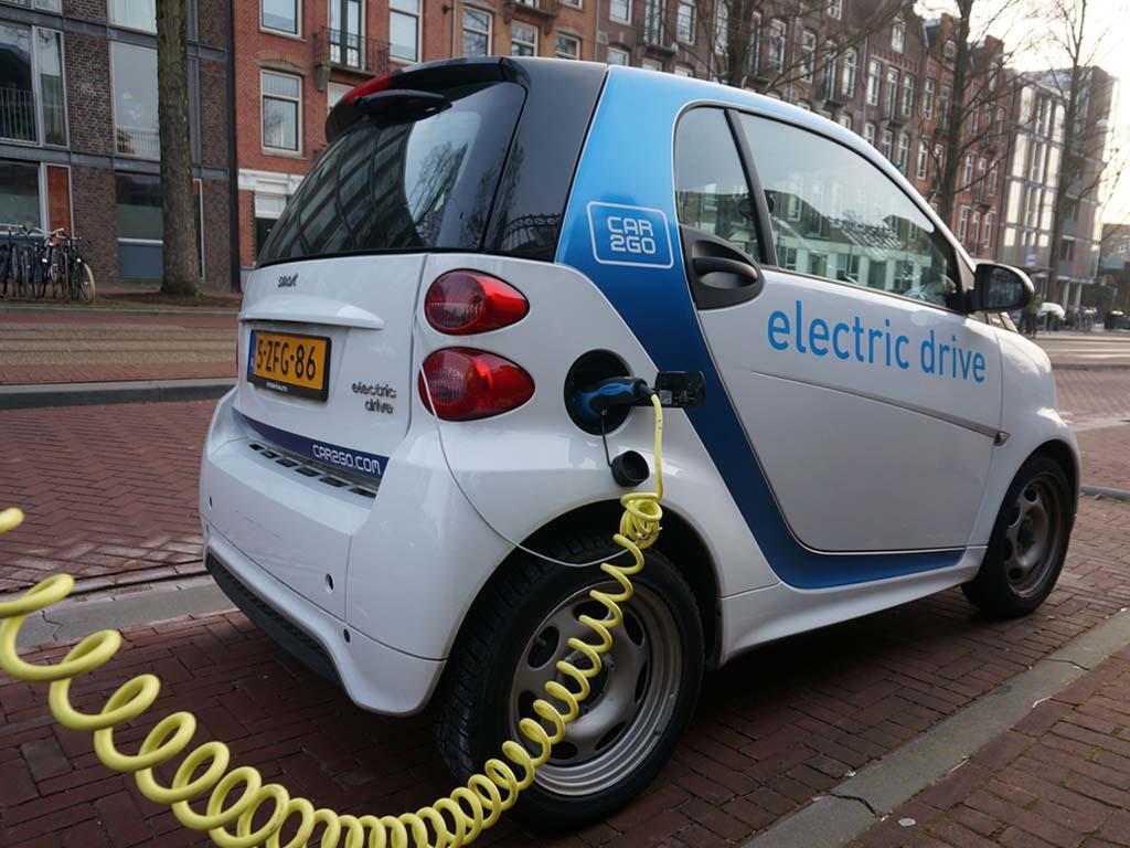 Sturen met de Buren - Elektrische Deelmobiliteit