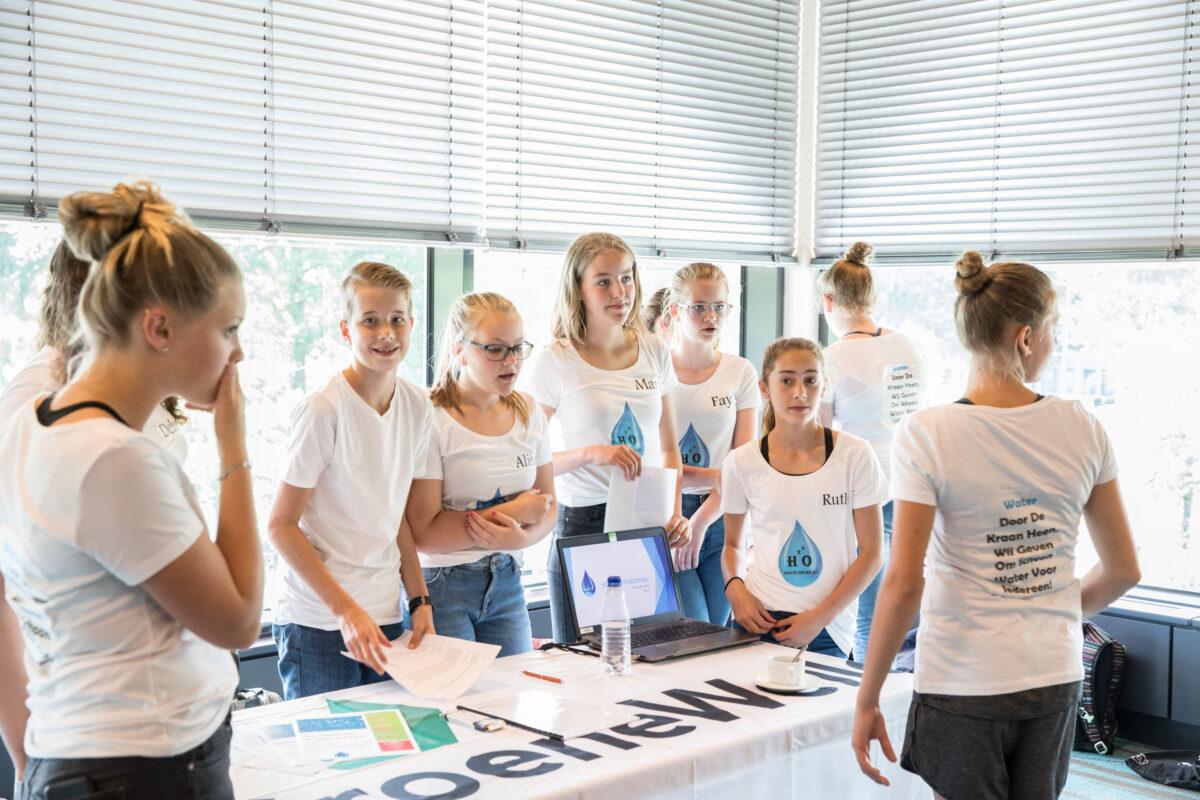 Vmbo-leerlingen van Carolus Clusius College helpen Waterschap Drents Overijsselse Delta aan nieuwe ideeën